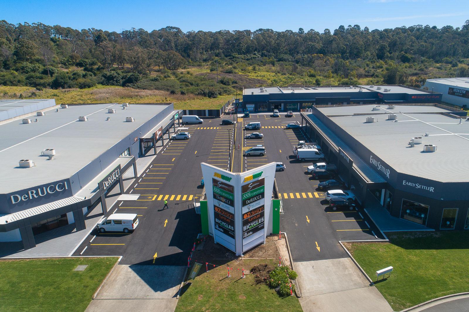 8B 17 Blaxland Serviceway Campbelltown