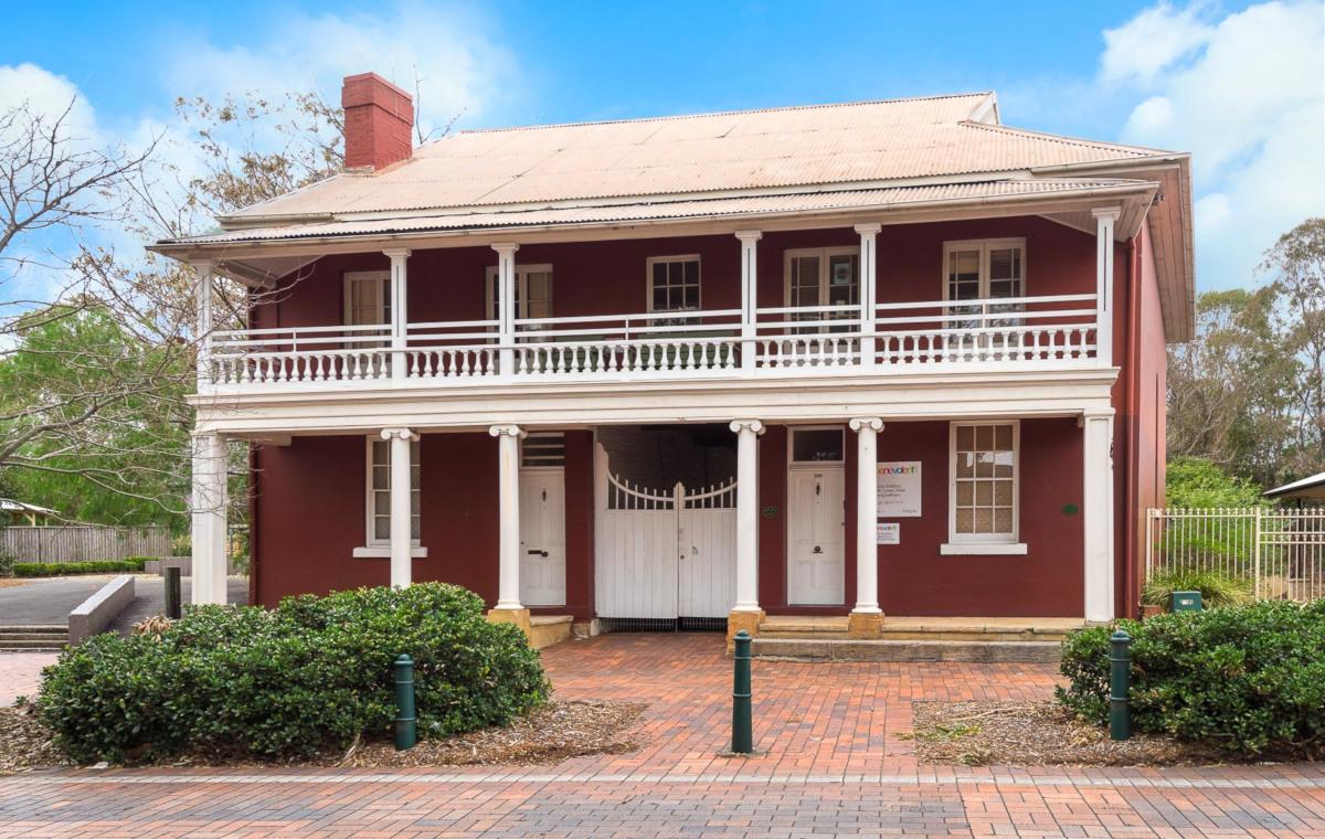 298 Queen Street, Campbelltown NSW 2560